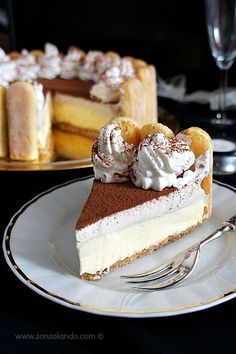 Cheesecake façon tiramisu sans cuisson - Tiramisù cheesecake senza cottura - No bake tiramisu cheesecake Tiramisu Cheesecake, Cheesecake Recipes, Dessert Recipes, Baking Recipes, Tiramisu Mascarpone, Dessert Blog, Cheesecake Cookies, Just Desserts, Delicious Desserts