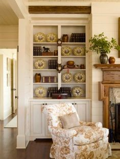 LUSTER INTERIORS: Dan Carithers....wouldn't ya just know it ! My favorite interior designer. Shelves for sunroom displays.