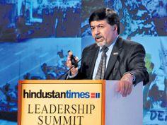 India shows way for 'karma capitalism': New Age guru - Hindustan Times