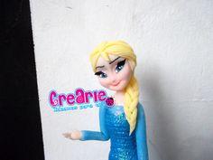 Elsa. Frozen en masa flexible. Polymer Clay. Arcilla Polimérica. Biscuit. Topo de bolo. Muñecos de Torta. Cake topper. CreArle ideamos para tí en facebook e instagram también!!!
