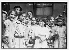 N.Y. school - Italians  (LOC)   #TuscanyAgriturismoGiratola