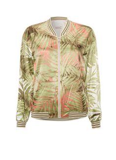 Dit satijnen bomberjack van Maison Scotch is uitgevoerd met een groene print van tropische bladeren. Het gevoerde jasje is uitgevoerd met gepaspelde steekzakken, een ritssluiting en een ronde halslijn. Verder zijn de ribgebreide boorden voorzien van een groen streepdessin voor een sportieve look.