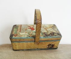 Vintage and french tin box x cm x 9 cm) inches height cm) Great item for the tin box collector Vintage condition and still beautiful ! Vintage Photos, Vintage Items, Religious Images, Old Frames, France Photos, Creative Storage, Tin Boxes, Old Paper, Old Pictures
