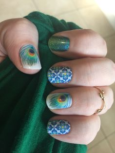 Bellagio Shake a Tail Feather and Atlantis Jamicure Jamberry is coming to Aus oct 1st Contact me at berrynicejams@gmail.com