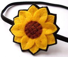 Felt sunflower idea boutonnier