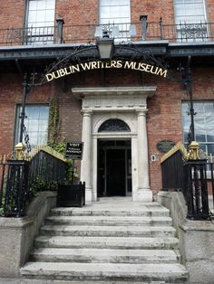 Dublin Writers Museum. Contains a signed letter from shaw in which he refuses to give an autograph