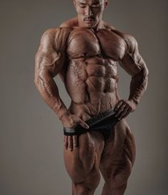 fanomuscle:  musclemonsterz:  This guy's quads are incredible! @korean_tank on Instagram  Jo Nam Eun