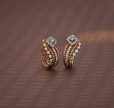 Jewelry Design Earrings, Gold Earrings Designs, Gold Jewellery Design, Ear Jewelry, Gold Jewelry, Gold Chain Design, Gold Ring Designs, Gold Earrings For Kids, Simple Earrings
