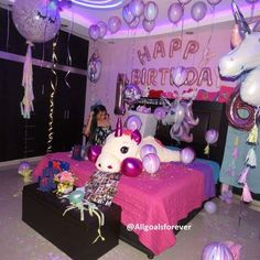 Surprise Birthday Decorations In Your Bedroom First Birthday Party Decorations, Gold Birthday Party, Birthday Party For Teens, Birthday Photos, 21st Birthday, Surprise Birthday, Birthday Balloons, Birthday Gifts For Best Friend, Friend Birthday
