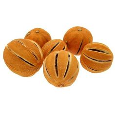 INERRA® Dried whole oranges are great for decorating Christmas wreaths, holly rings, Xmas garlands and seasonal use on arrangements, floral displays and pot pourri. This is a decorative item and is not food grade quality.