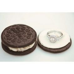 Oreo Cookie Inspiration for Engagement ring! That's the way to do it! Cute Ways To Propose, Sweet Ring, Engagement Ring Photos, Just Engaged, Tumblr, Oreo Cookies, Cookies And Cream, Wedding Inspiration, Wedding Ideas