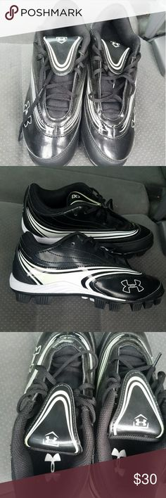black under armour girls softball cleats brand new, size 7 under armour Shoes Athletic Shoes
