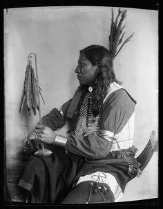 Shooting Pieces, Sioux, 1900, Gertrude Kasebier, no location