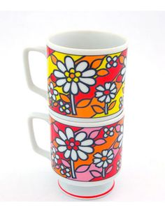 I so want these coffee mugs.