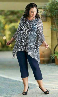 HIghgate Lined Tunic / MiB Plus Size Fashion for Women / Summer Fashion www.maki… HIghgate Lined Tunic / MiB Plus Size Fashion for Women / Summer Fashion www. Curvy Fashion, Girl Fashion, Fashion Outfits, Plus Fashion, Womens Fashion, Big Size Fashion, Fashion Heels, Fashion Clothes, Plus Size Dresses