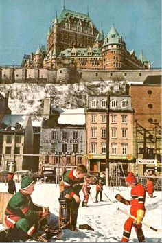 Classic hockey game in the old Quebec area. Old Quebec, Quebec City, O Canada, Canada Travel, Montreal Canadiens, Hockey Games, Ice Hockey, Chateau Frontenac Quebec, Hockey Highlights