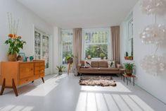 Ganhe uma noite no Beautiful bright apartment - Apartamentos para Alugar em Amsterdã no Airbnb!