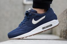 Si me queréis... 42,5 / 9   Nike-Air-Max-1-Essential-Midnight-Navy-Light-Bone-3