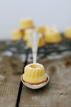 """Miniatur Orange-Ricotta-Gugelhupf – kleine süße italienische Dinger """"Torta…"""