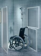 Resultado de imagen para duchas para discapacitados