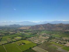Wines of the World: Cabernet Sauvignon aus Maipo Cabernet Sauvignon, Golf Courses, Mountains, World, Nature, Travel, Wine, Naturaleza, Viajes