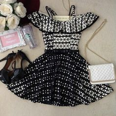 Vestido fofo! Outfits For Teens, Cool Outfits, Summer Outfits, Casual Outfits, Cute Dresses, Short Dresses, Girls Dresses, School Fashion, Aesthetic Fashion