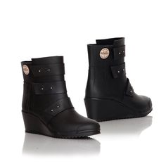 Strap Wedge | My kind of rubberboots :)