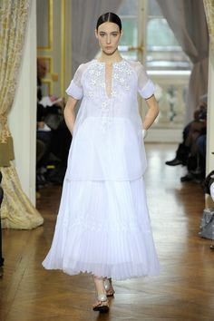 Collection Haute Couture Printemps/Été 2013, Modèle 0 | Christophe Josse, la tradition de l'artisanat haute couture français