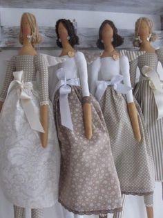 Best 9 Tilda Doll BODY-handmade-Cloth doll body blank unstuffed presewn-ready to stuff- 25 inches tall- collectible dolls- tildas- cloth doll – SkillOfKing. Doll Clothes Patterns, Doll Patterns, Clothing Patterns, Doll Crafts, Diy Doll, Fabric Dolls, Paper Dolls, Tilda Toy, Homemade Dolls