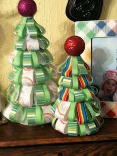 Colorful Conjectures of a Crafty Mom: Ribbon Christmas Trees - My first tutorial!