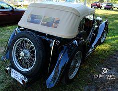 '49 MG TC at #floridapubliccollectorcarauction in FT Lauderdale FL #carphotographybyjjgarcia #wheelswednesday #49mgtc #49mg #49tc #mg #mgtc #tcmidget #midget