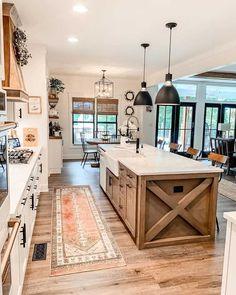 Farmhouse Kitchen Island, Modern Farmhouse Kitchens, Farmhouse Design, Home Kitchens, Kitchen Modern, Kitchen Small, Farmhouse Plans, Kitchen Islands, Lake House Kitchens