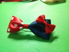 How to make a bule and red ribbon hair bow