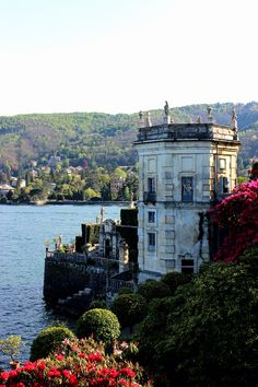 The Borromeo Palace gardens, Isola Bella, Lake Maggiore. One of three magical islands on Lake Maggiore, Isola Bella charms visitors with its magnificent Baroque palace and terraced gardens that slope to the lake.