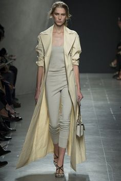 Bottega Veneta SS'15 MFW - Tomas Maier's show was an ode to the ballet dancer in her rehearsal wares - so comfortable, cool, laid back and pretty in a downtime way - biscuit beige, baby pink and blue, oatmeal & grey were used in belted cardigans, denim & gingham popped up again too - we really loved this collection...x