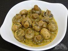 Champinones guisados Comida Keto, Salad Recipes, Healthy Recipes, Sin Gluten, Tapas, Garlic, Pasta, Buffets, Fruit
