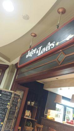 Regent arcade juice bar Arcade, Juice, Broadway Shows, Bar, Cool Stuff, Places, Juices, Juicing, Lugares