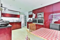Looking for a family home? Request a viewing on this property here -> http://cookresidential.co.uk/Properties/PropertyOverview?reference=CR001061 #cheltenham #estate #agents