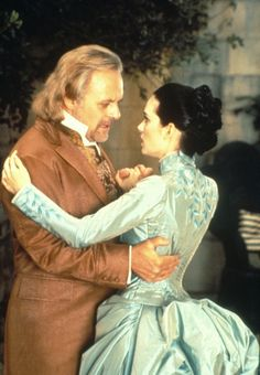 Anthony Hopkins as Professor Abraham Van Helsing and Winona Ryder as Mina Murray inDracula (1992). - 1880s fashions
