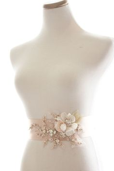 9 ideas how to convert your simple wedding belt into fancy belt (15)