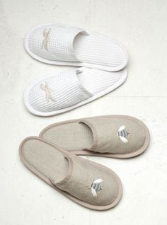 Match your white cotton nightgown from Jacaranda Living with our linen or waffle slippers. Embroidered in over 100 styles!