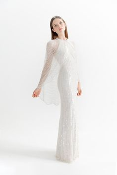 Jenny Packham Spring 2020 Ready-to-Wear Fashion Show - Vogue Vogue Paris, Backstage, Bridal Gowns, Wedding Gowns, Jenny Packham Bridal, Silk Gown, Fashion Show Collection, Mannequins, Evening Dresses