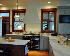 Traditional Kitchen Windows On Both Sides Of Hood Design, Pictures, Remodel, Decor and Ideas - page 5