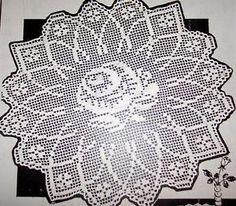Resultado de imagem para saquinhos de croche com graficos