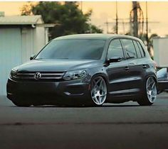 perfect stance volkswagen jetta gli mk lowered  jom blueline coilovers thule excursion