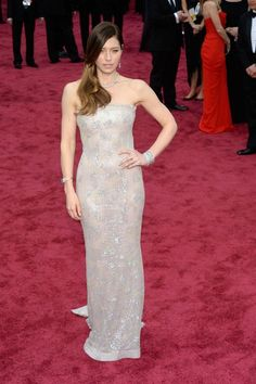 Jessica Biel at a metallic Chanel Couture gown and Tiffany & Co jewels at the Oscars in 2014.  Photo: Getty.