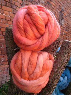 feines Orange in Wolle