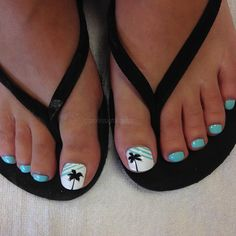 Getting our feet wet again? Our feet are meant for working so your feet can relax ❤️👣 Pretty Toe Nails, Cute Toe Nails, Cute Toes, Pretty Toes, Toe Nail Art, Love Nails, Beach Toe Nails, Summer Toe Nails, Vacation Nails