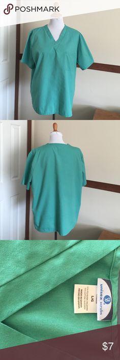 Green scrub top Unisex green scrub top, very good condition. No trades plz, 15% off bundles of 2 Tops