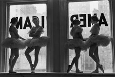 Alfred Eisenstaedt, Ballerinas in a rehearsal room at George Balanchine's School of American Ballet, New York City, George Balanchine, Vintage Ballet, Vintage Dance, Ballerina Tutu, Ballet Posters, Rehearsal Room, American, Artwork Images, Camera Obscura